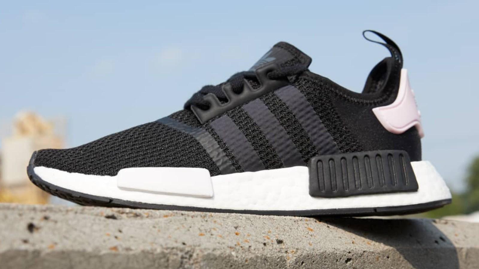 b7a45e11e094e This Stylish Unisex Adidas Sneaker Has Over 1