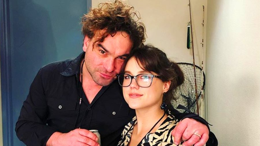 Johnny Galecki's Girlfriend Says They're 'Not Married' Despite Wearing Matching Rings