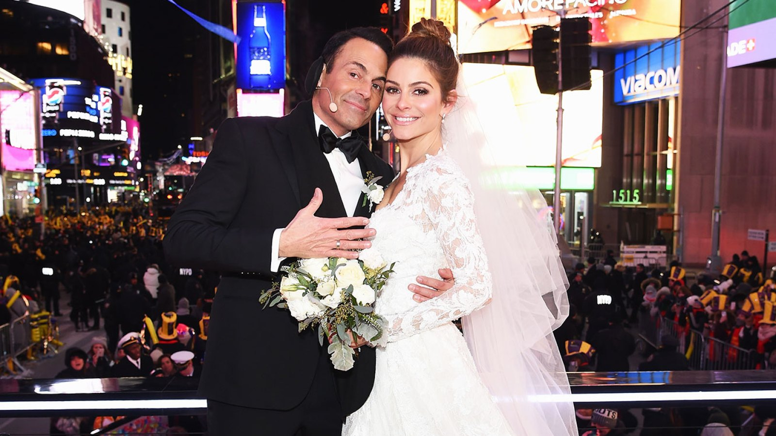c4480cbd02 New Year s Newlyweds! See Which Stars Got Married on New Year s Eve