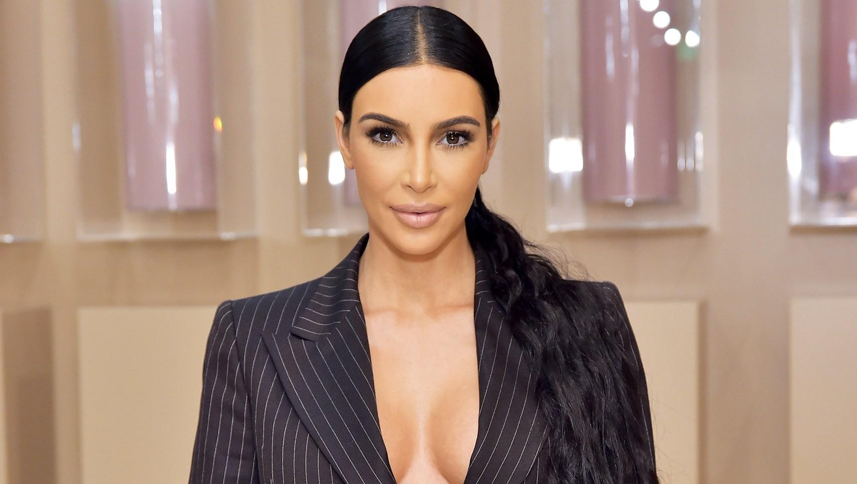 Post-Holiday Slim Down Kim Kardashian Back to Salads