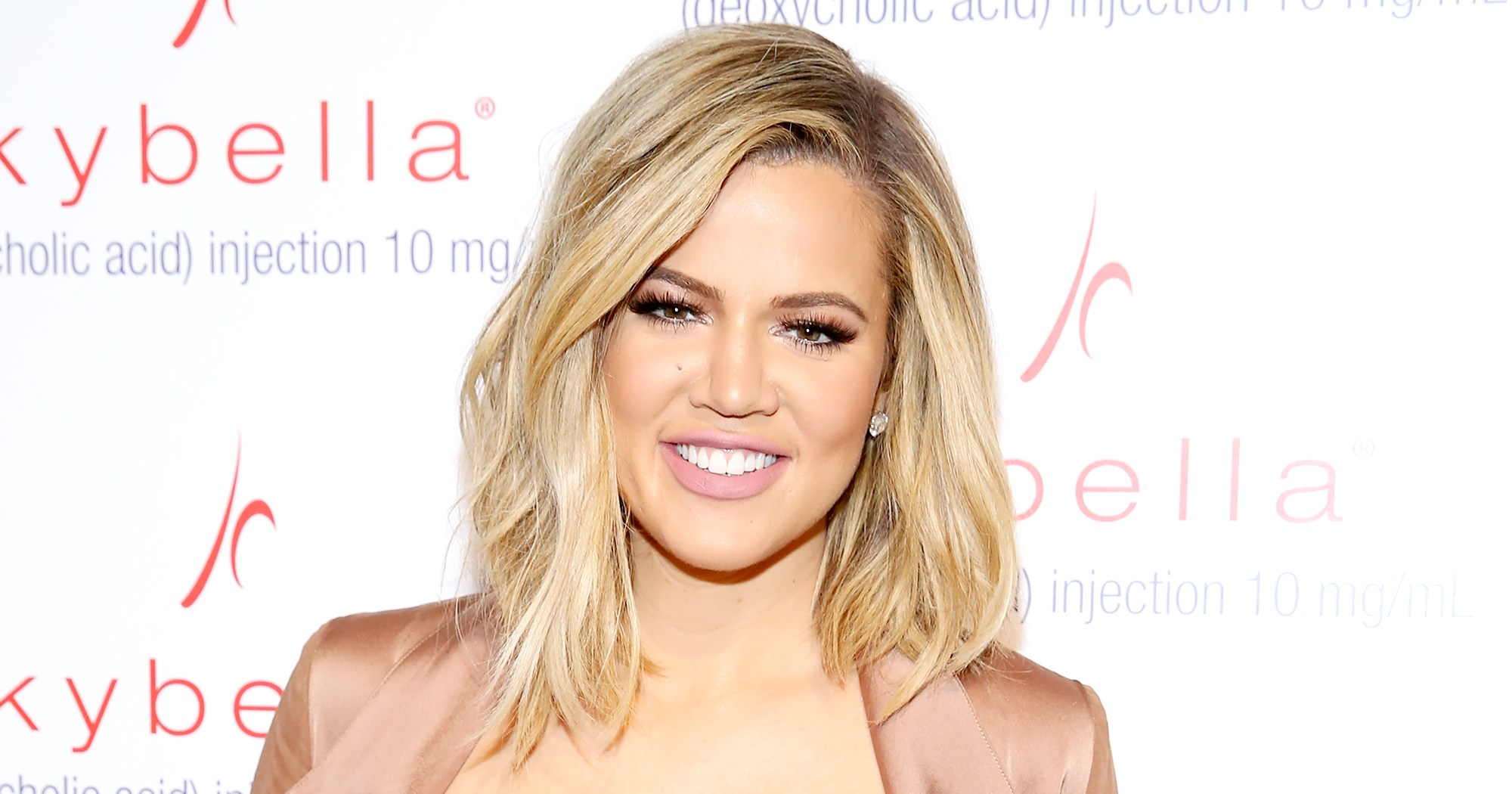 Khloe Kardashian Shows Off Wrapping Paper With True's Face