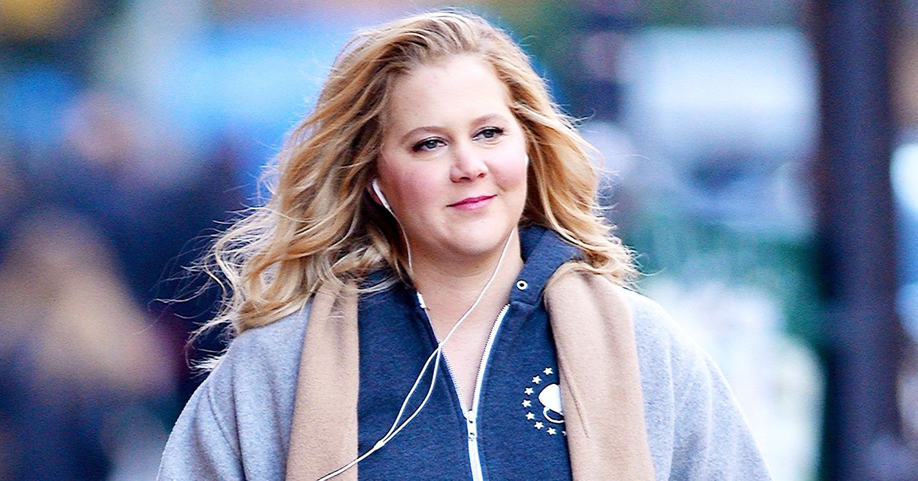 Pregnant Amy Schumer Jokingly Compares Her 'Lit' Baby Shower to Fyre Festival