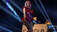 Cardi B 'Takes a Little Break' From Concert to Fix Her Wedgie