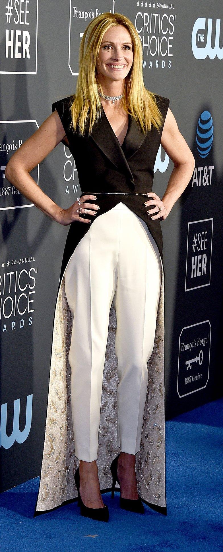 Julia Roberts critics choice awards 2019