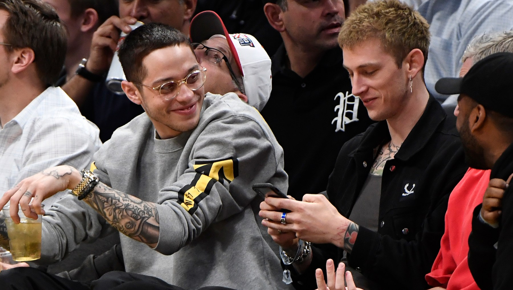 Pete Davidson, machine gun kelly