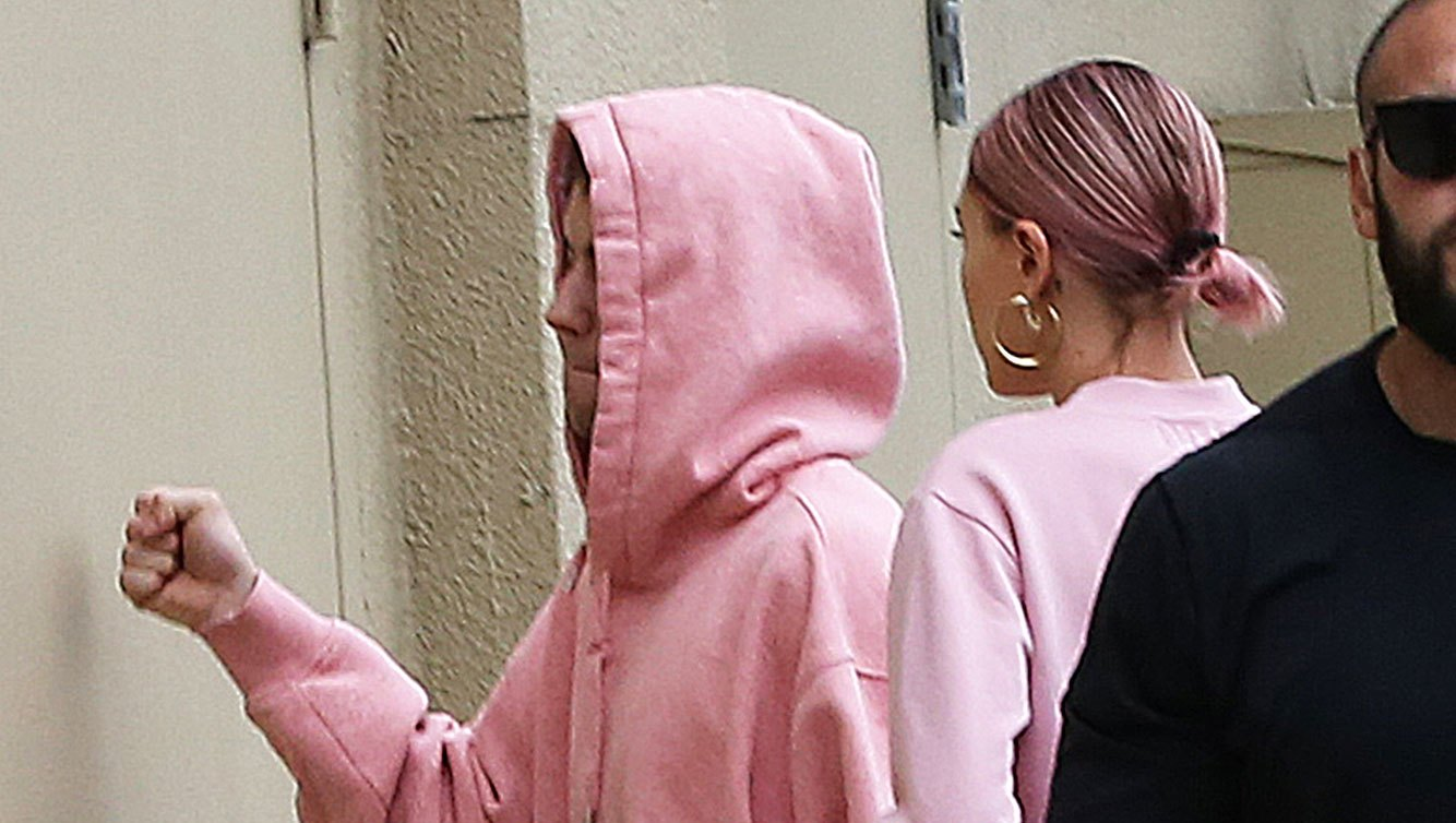 Justin Bieber and Hailey Baldwin pink hoodies