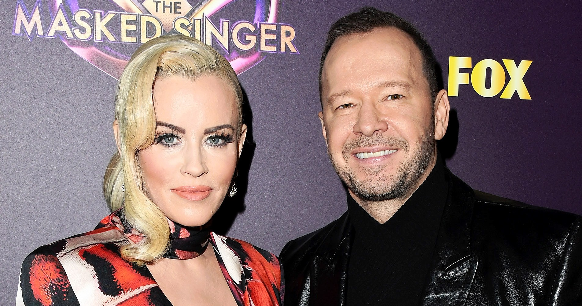 Jenny McCarthy Shares Adorable Picture of Her and Husband Donnie Wahlberg's Two New Pomeranian Puppies