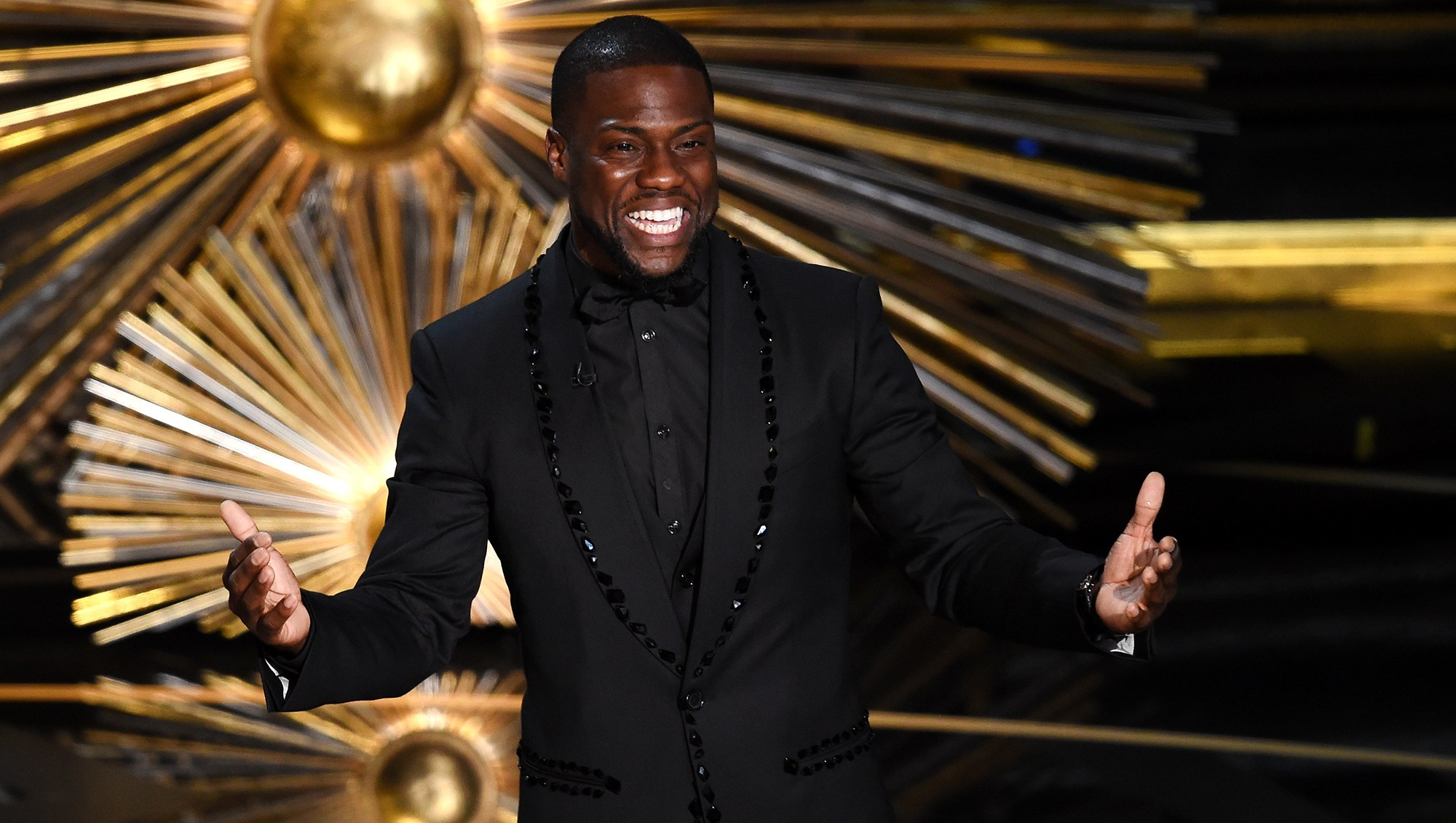 Kevin Hart Returns as Academy Awards 2019 Host After Stepping Down