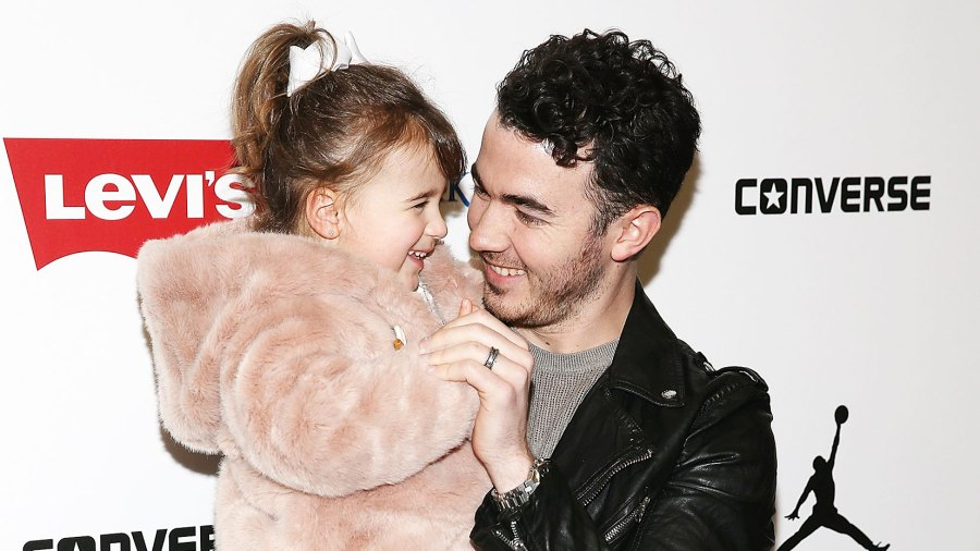 Kevin Jonas Alena Following In Fathers Footsteps Instagram Performance