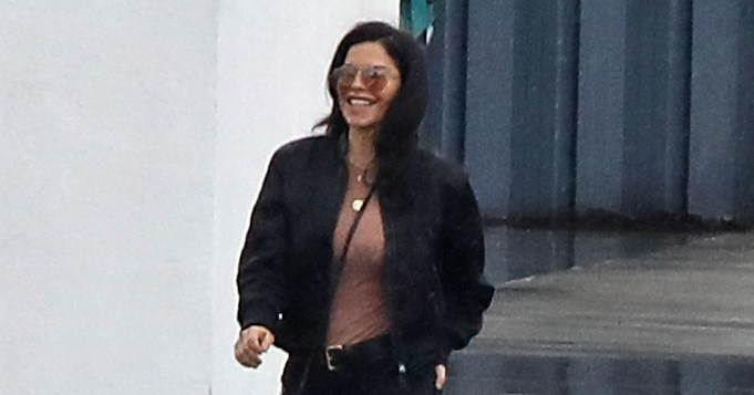 All Smiles: First Photos Show Jeff Bezos' Girlfriend Lauren Sanchez Carefree After Scandal