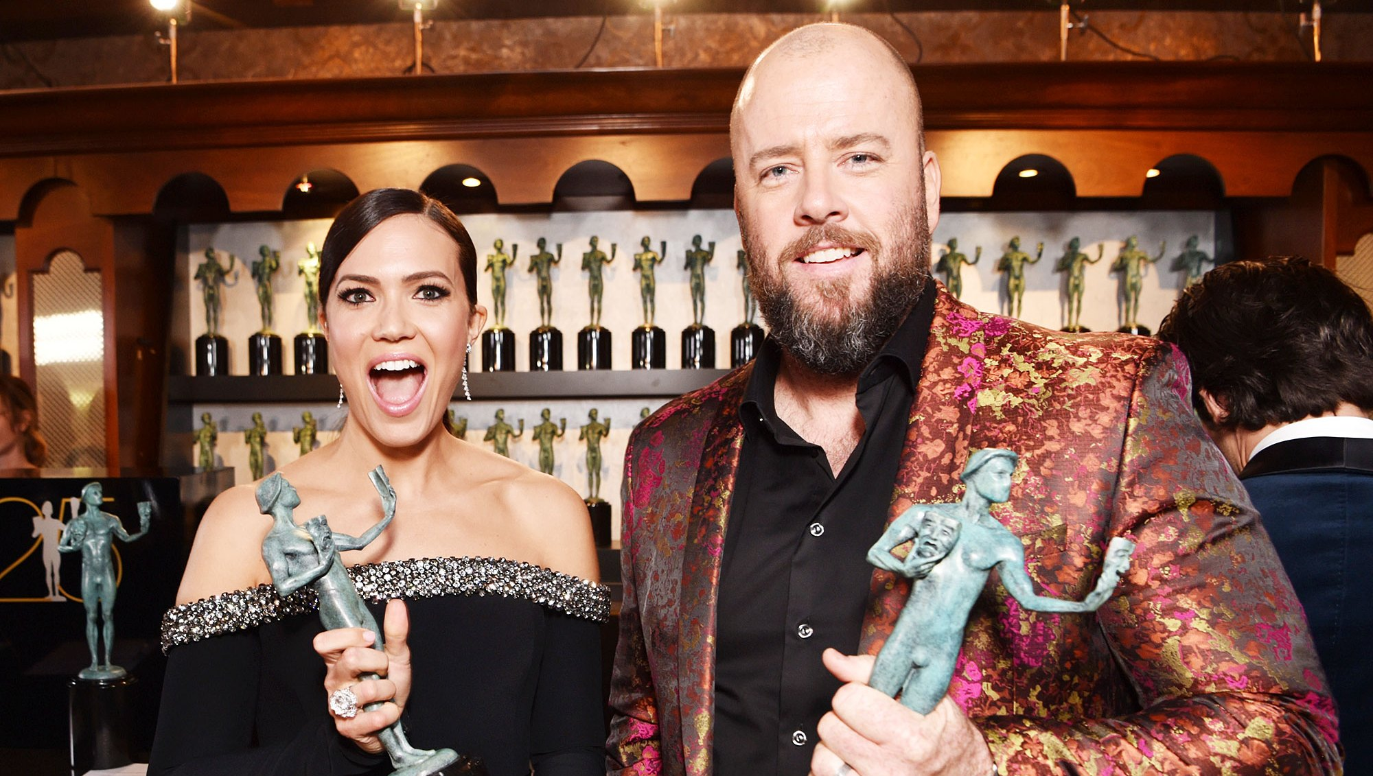 SAG Awards 2019 Inside Photos Mandy Moore Chris Sullivan