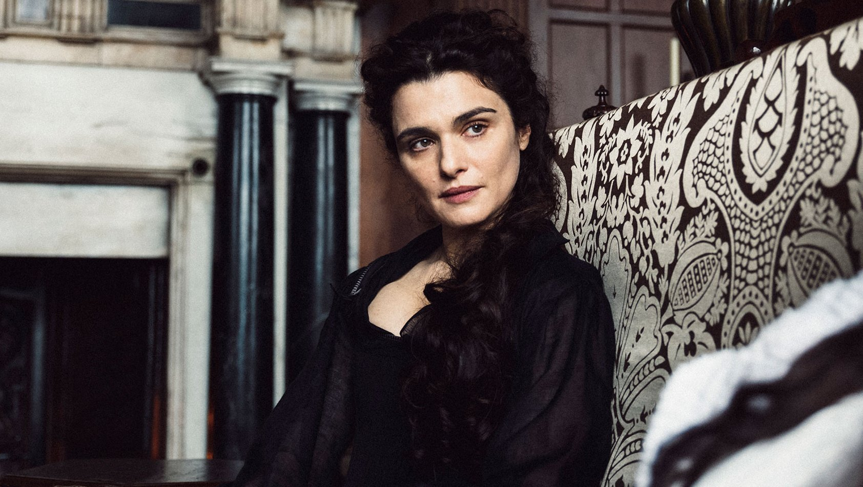 Rachel Weisz in 'The Favourite.'