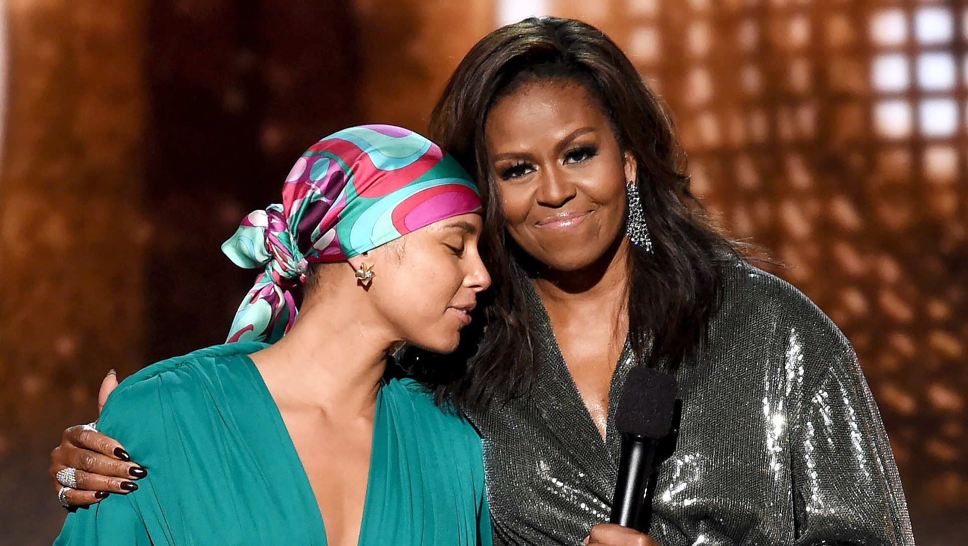 Alicia-Keys-and-Michelle-Obama-Grammys-2019