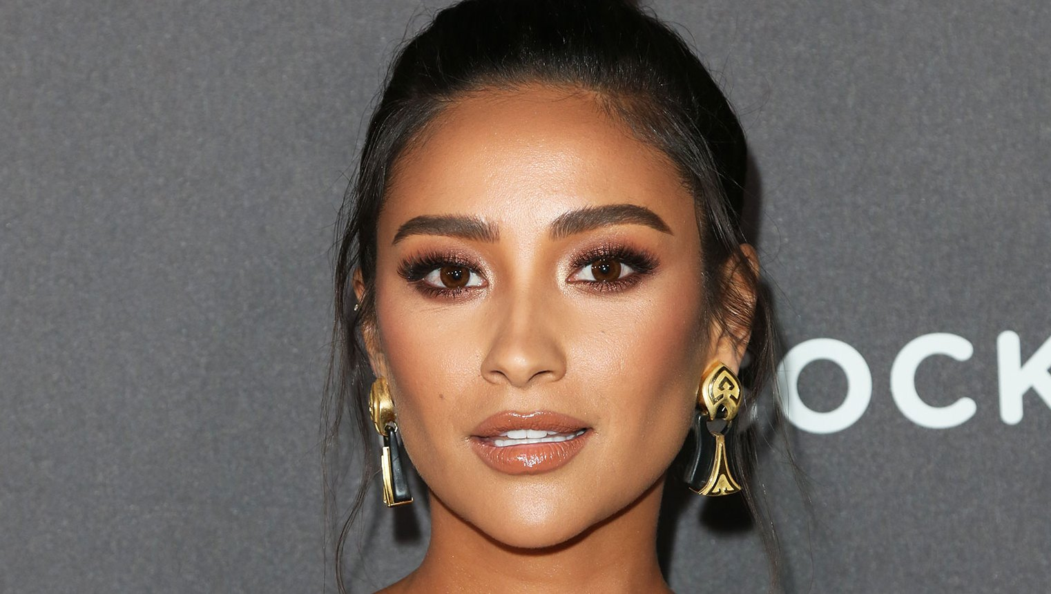 Shay Mitchell Celeb Makeup Artist Patrick Ta Is Launching His Own Line