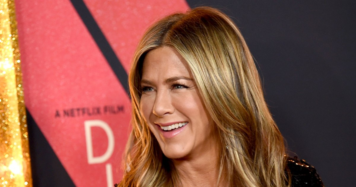 9d7e15574 Celebrities Attend Jennifer Aniston s 50th Birthday Party  Pics