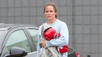 Jennifer Garner Boxes It Out on Valentine's Day