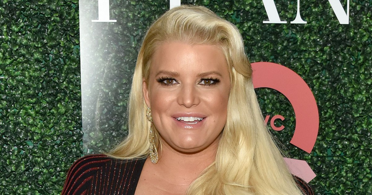 Jessica Simpson Gushes Over Kids Amid Struggles Over Third Pregnancy
