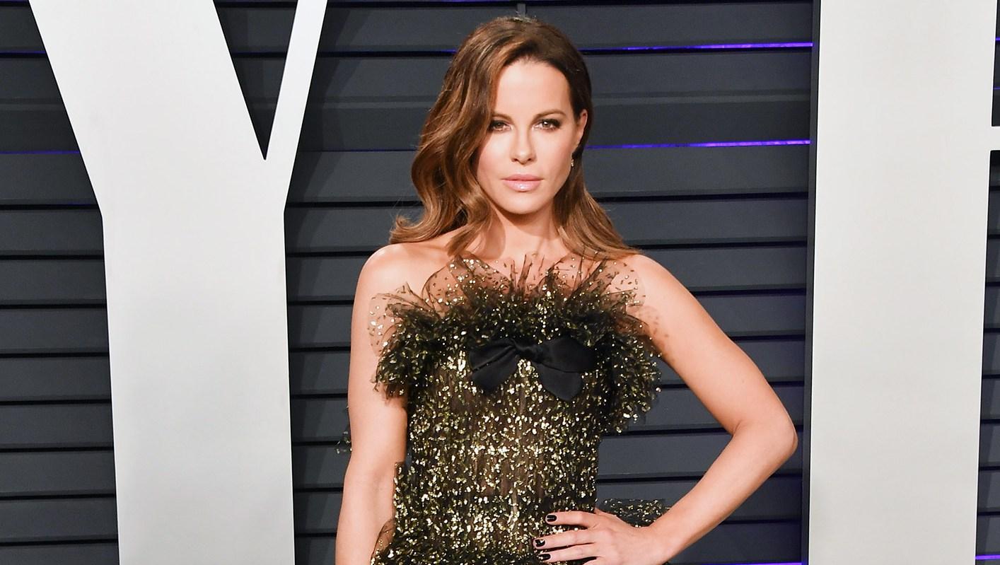 Kate Beckinsale Vanity Fair Oscar Party body