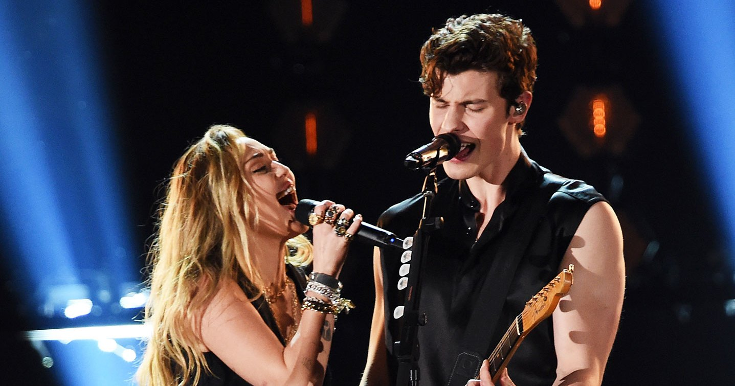 Surprise! Miley Cyrus Joins Shawn Mendes During Grammys 2019 Performance