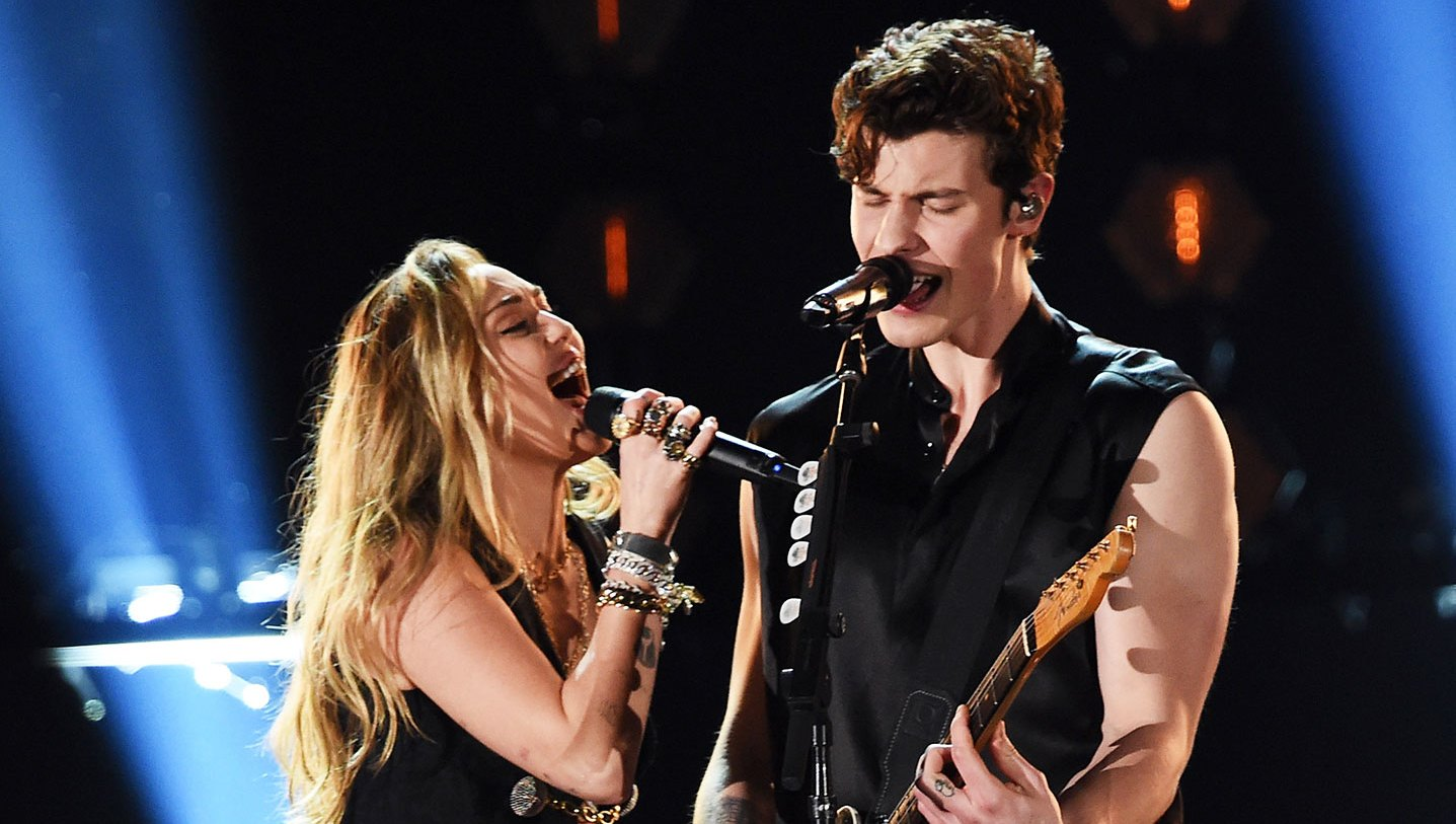 2019 Grammys Miley Cyrus and Shawn Mendes