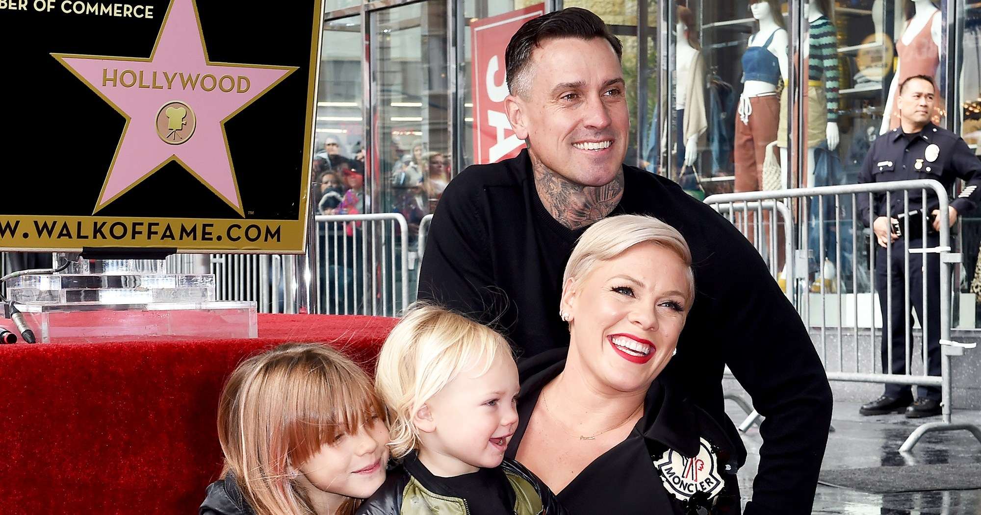 Pink Receives Homemade Award From Daughter After Grammys Loss
