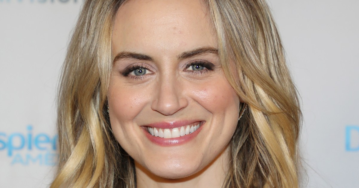 Taylor Schilling: 25 Things You Don't Know About MeTaylor Schilling Argo