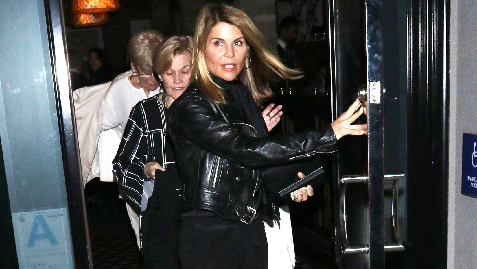 Lori Loughlin's Friends 'Want to Distance Themselves' From Her Amid College Admissions Scam Aftermath