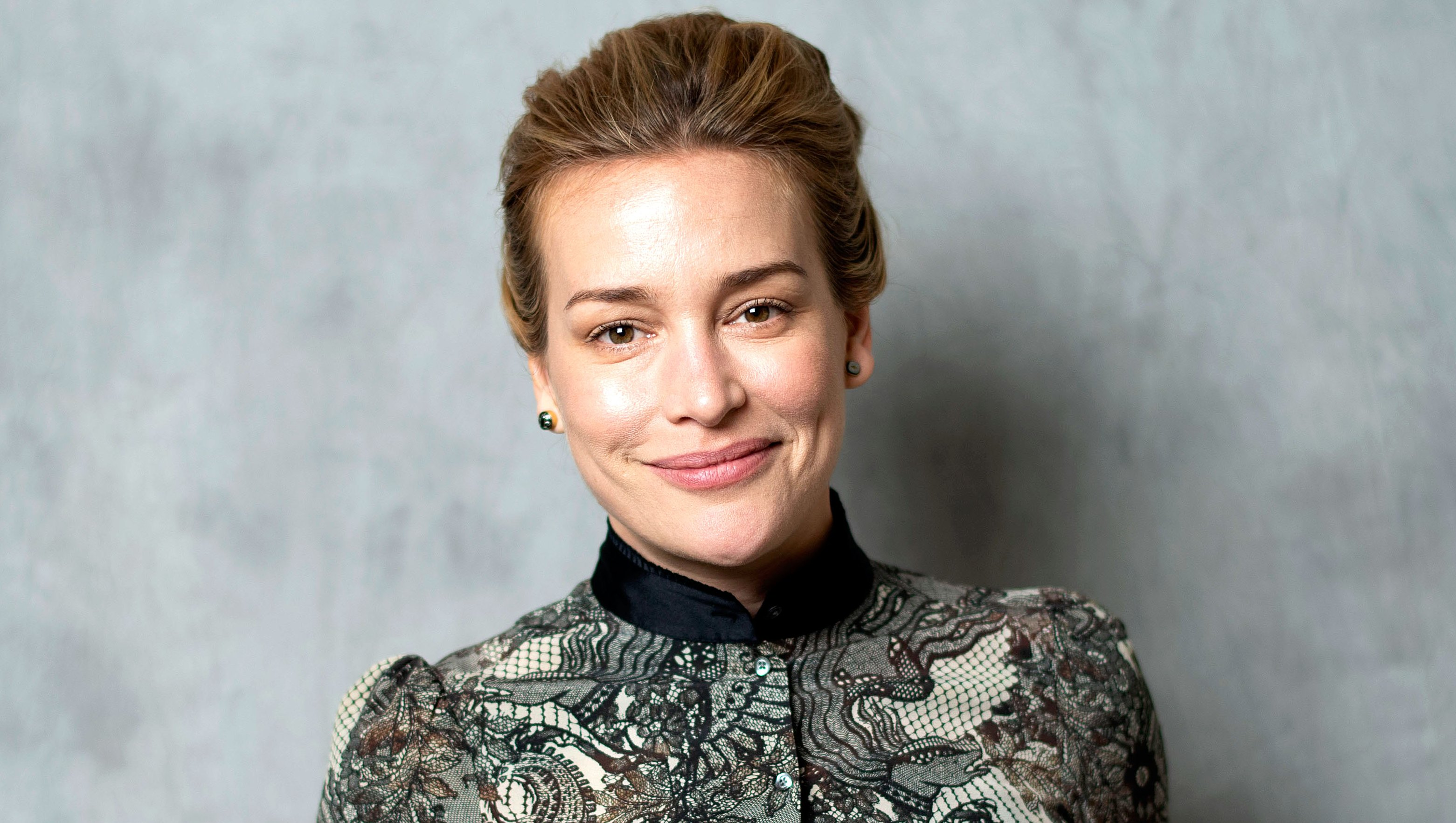 Piper Perabo Doesn't Have Plans For Children After She 'Hit the Jackpot' With Her Stepdaughter