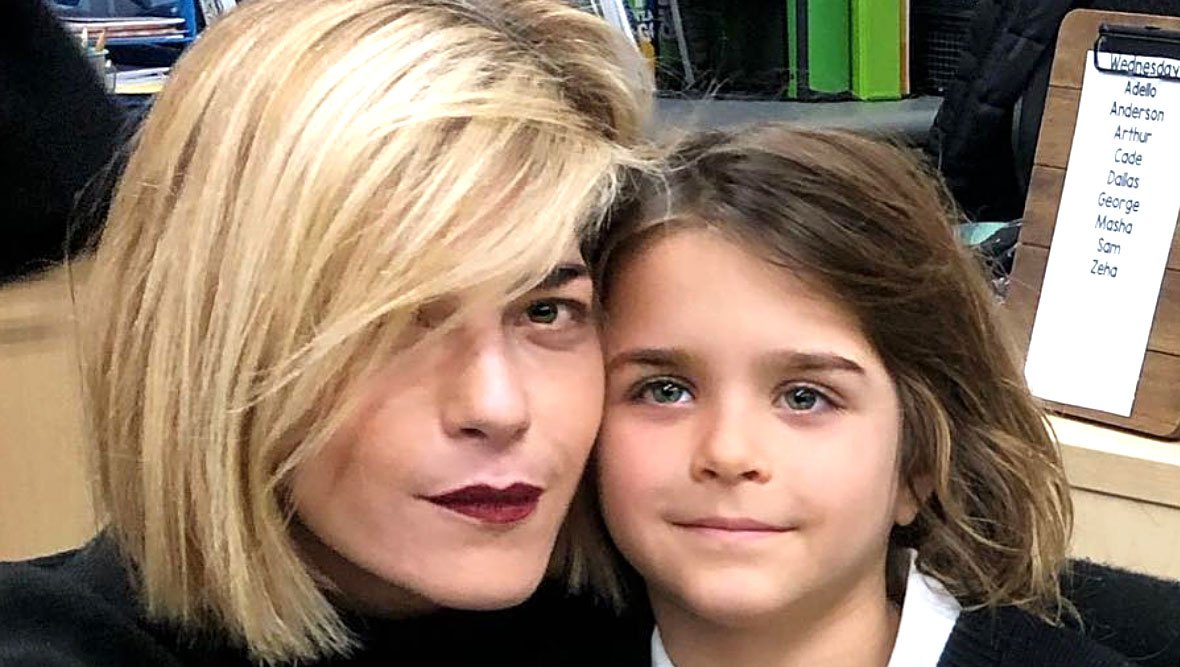 Selma Blair Photoshops Son Arthur Onto Rowing Team After Admissions Scandal