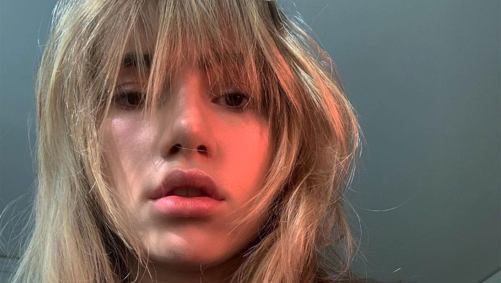 Suki Waterhouse and Other Celebs That Are Giving Us Bangs Envy