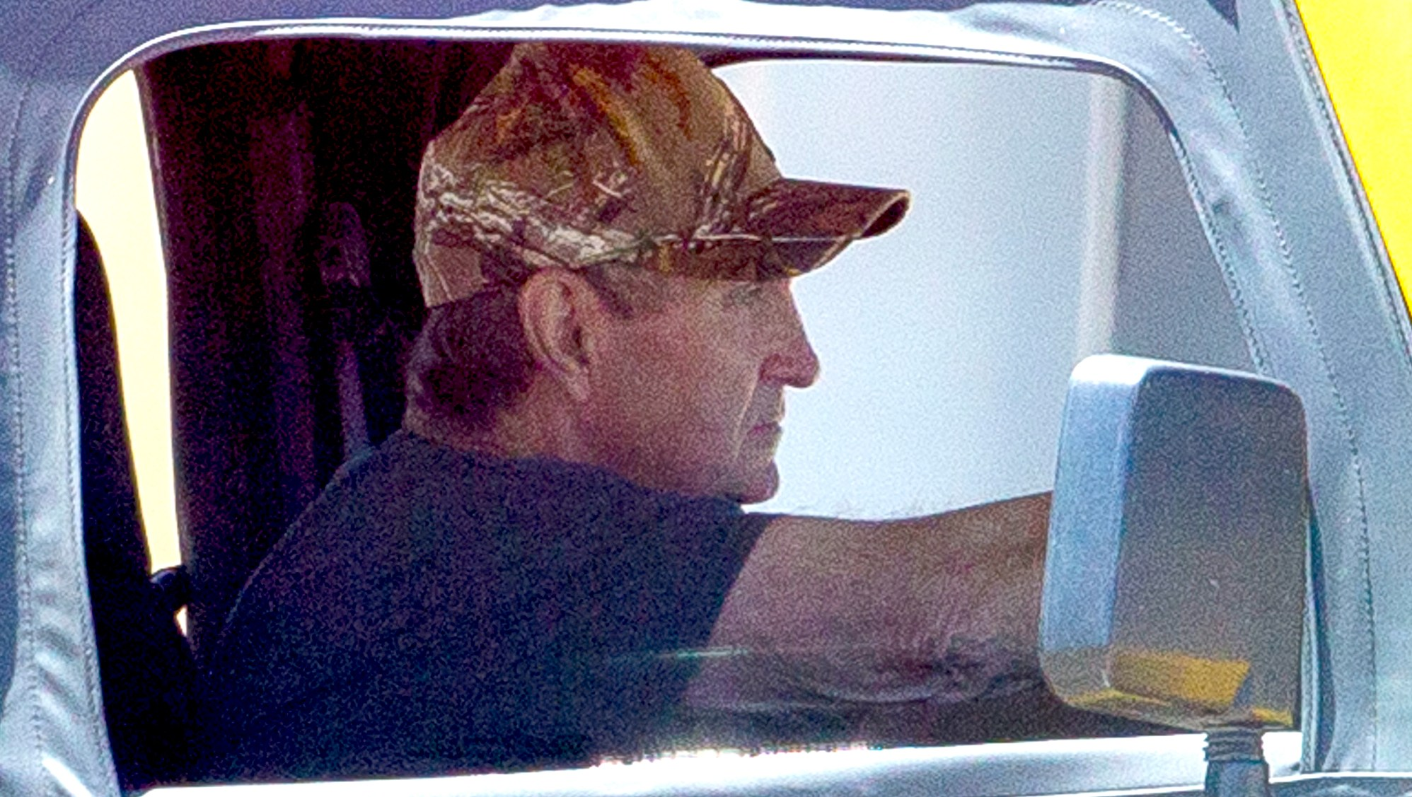 Britney-Spears-father-Jamie-spotted-post-surgery