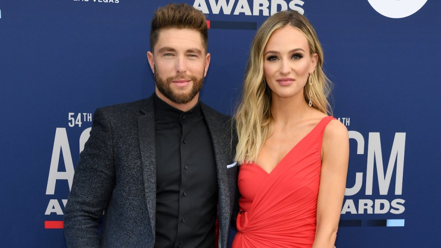 Chris Lane and Lauren Bushnell Share a Kiss on The Red Carpet at the ACMs