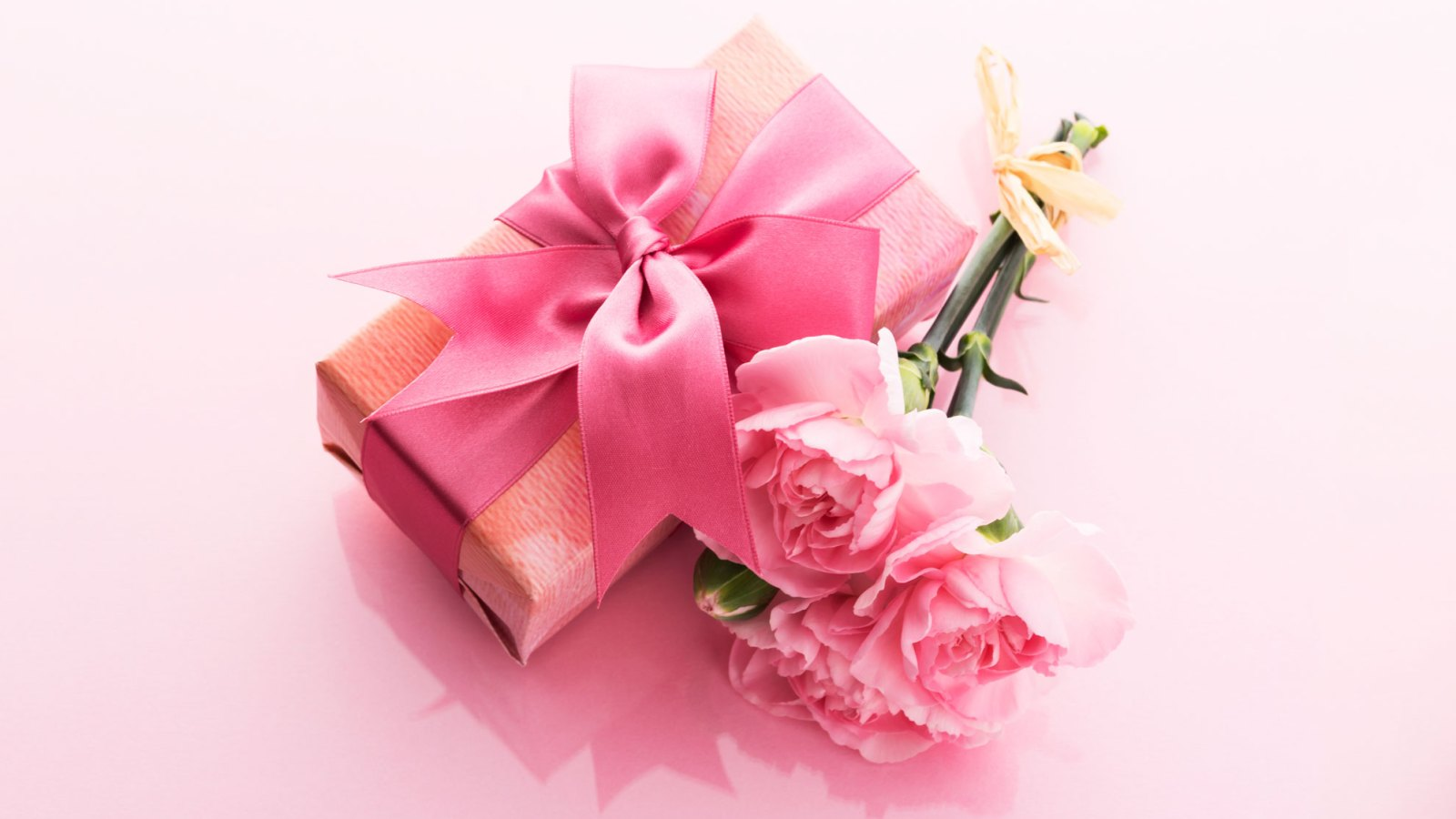 4f858e94 Mother's Day Gift Guide 2019: Beauty, Fashion and Lifestyle Ideas to Help  Spoil Your Mom