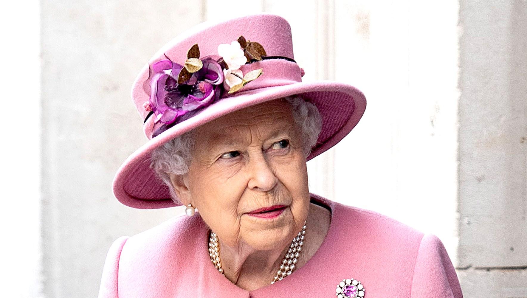 Queen-Elizabeth-II-prince-philip-not-driving