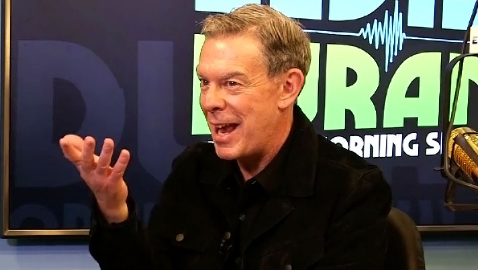Elvis Duran Jokes About Wedding