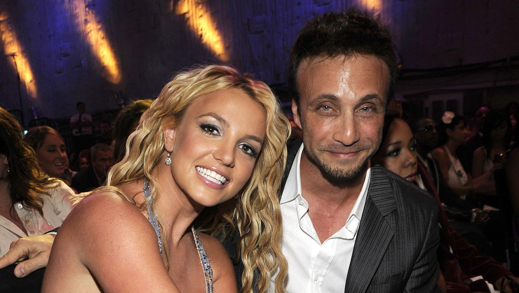 Britney Spears and Larry Rudolph Clarifies Never Perform Again.jpg