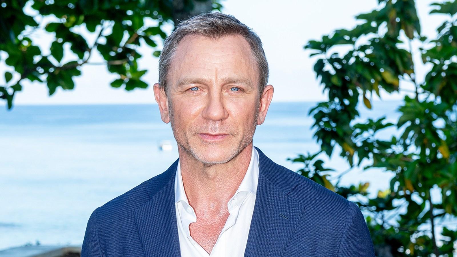 9b34b47271 Daniel Craig Injured on 'Bond 25' Set, Filming Suspended: Report