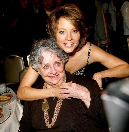 Jodie-Foster-Mom-Evelyn-dies
