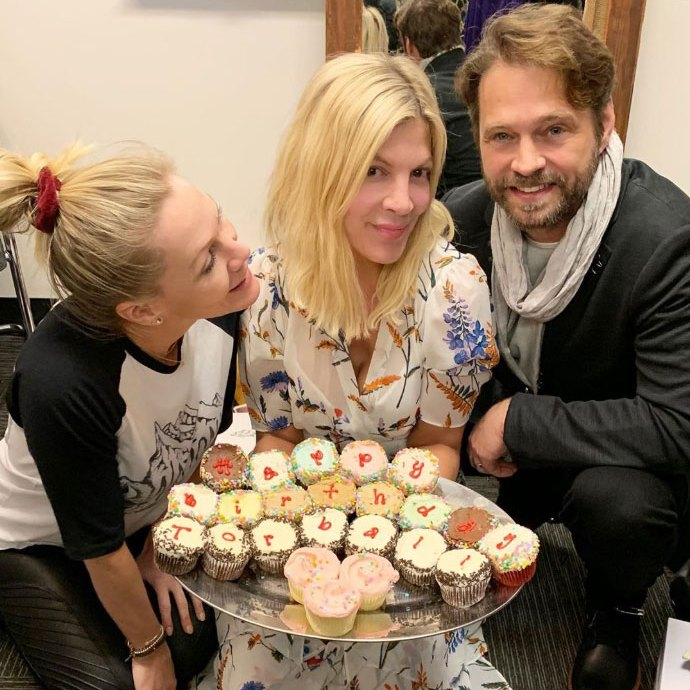 Tori Spelling Posts Pic With 'BH90210' Costars Amid Production Turmoil Jennie Garth, Tori Spellng Jason Priestly Birthday Instagram