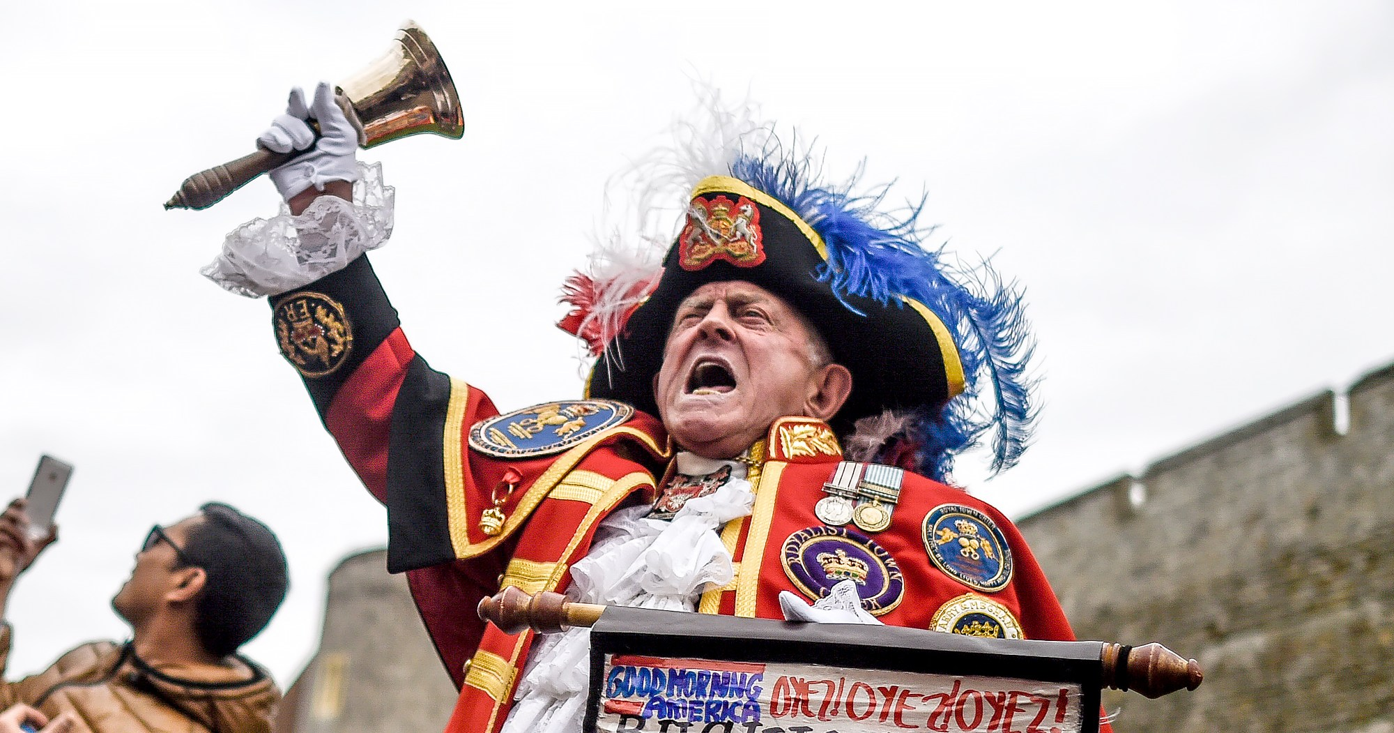 Royal Town Crier Announces Meghan, Harry's Baby