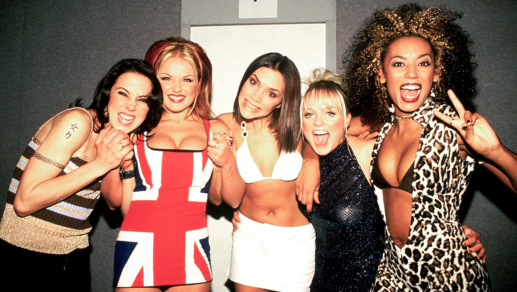 Victoria-Beckham-Wishes-Spice-Girls-Good-luck