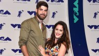 Jenelle Evans Posts Pic of David Eason and Their 'Chickens' Following Custody Battle Drama MTV Video Music Awards
