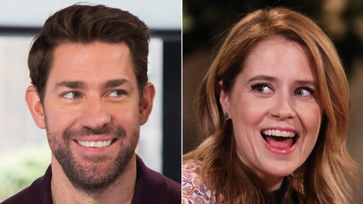 John Krasinski Brings Jenna Fischers The Office Ex Roy To Stanley Cup Finals Game Trolls Her In Funny Video Watch