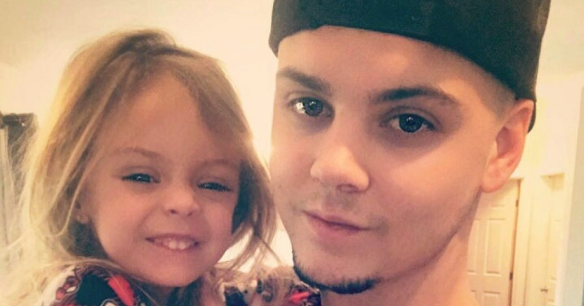 Tyler Baliterra Defends Letting Daughter Sit on Counter