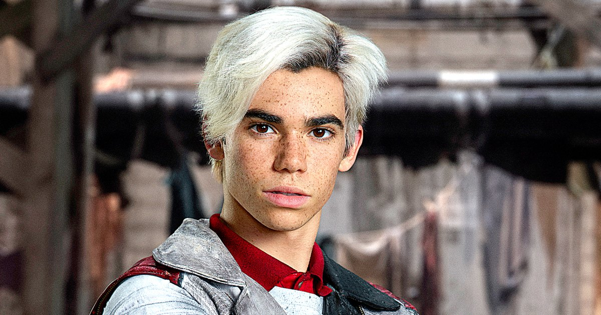 Cameron Boyce S Standout Moments In Descendants Films Video