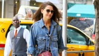 Katie-Holmes-Steps-Out-Smiling-in-NYC-as-Jamie-Foxx-Spotted-With-Another-Woman