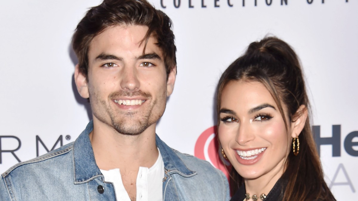 Ashley Iaconetti and Jared Haibon's Dog Will Be Wearing a Dress at Their Wedding