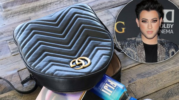 Manny MUA What's in My Bag