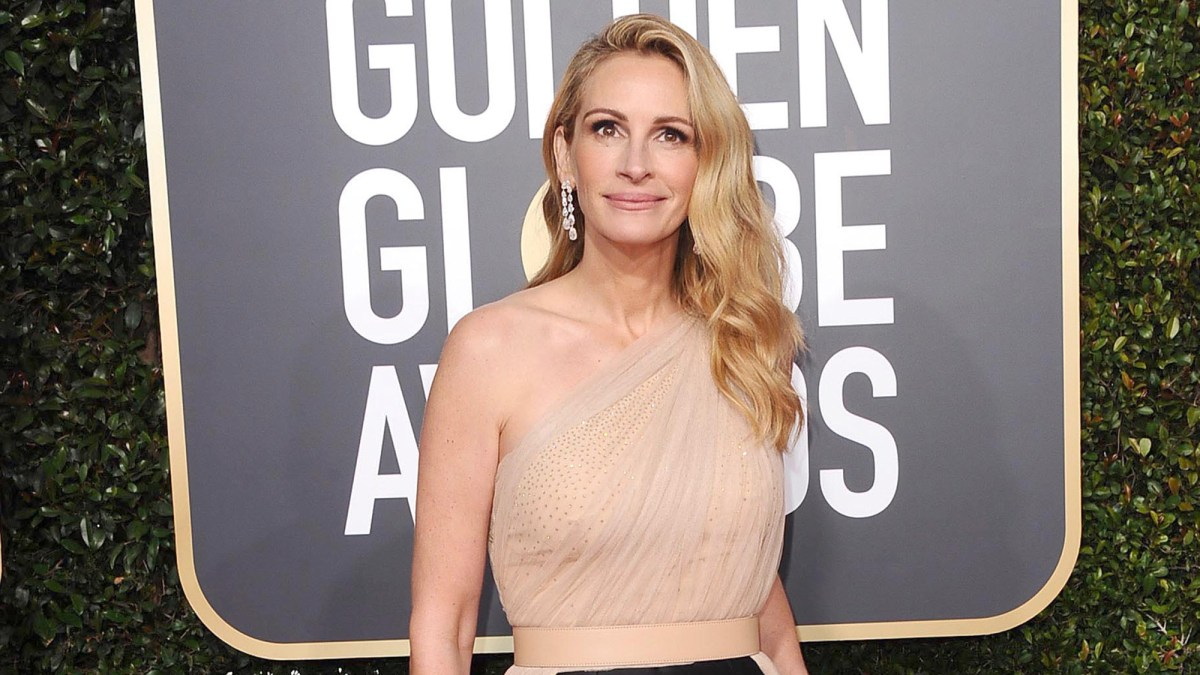 Julia Roberts Uses Every Last Drop of This Ultra-Affordable, Celeb-Favorite Cream