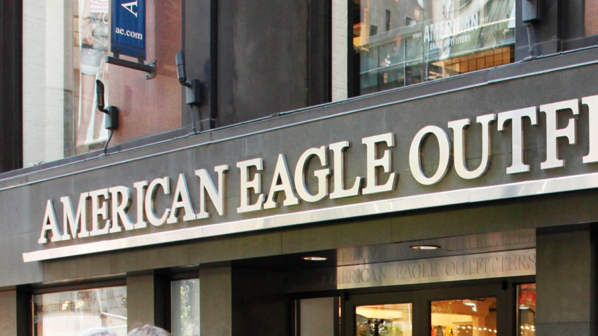 American Eagle Is Launching a Beauty Line Before the Holiday Season and It's About to Become a One-Stop Shopping Destination